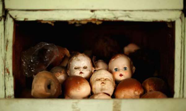"perierga.gr - Το παράξενο ""νοσοκομείο"" για κούκλες!"