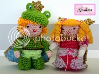 con le lenti rosa PRINCIPE_RANOCCHIOe consorte free amigurumi pattern uncinetto fai date fatto a mano handmade