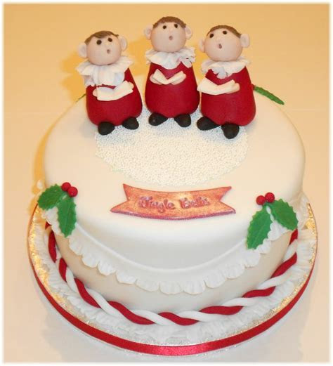 258 best images about Christmas cakes on Pinterest