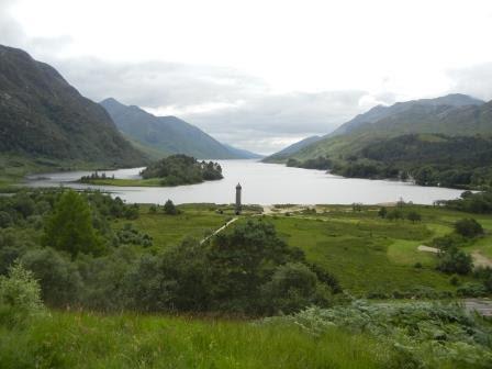 Loch Shiel mit dem Glenfinnan-Monument