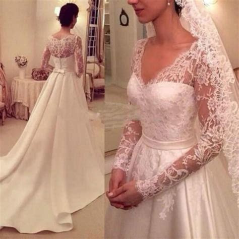 Vintage 2015 Wedding Dresses Long Sleeve Satin And Lace