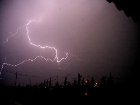 Καιρός: Βροχές και... χαλάζι την Τετάρτη! Αναλυτική πρόγνωση