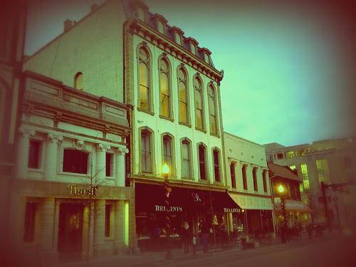 Bellini's deTour - Lexington, Ky.