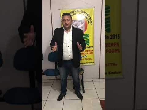 Vereador Luís Barbeiro homenageia trabalhadores