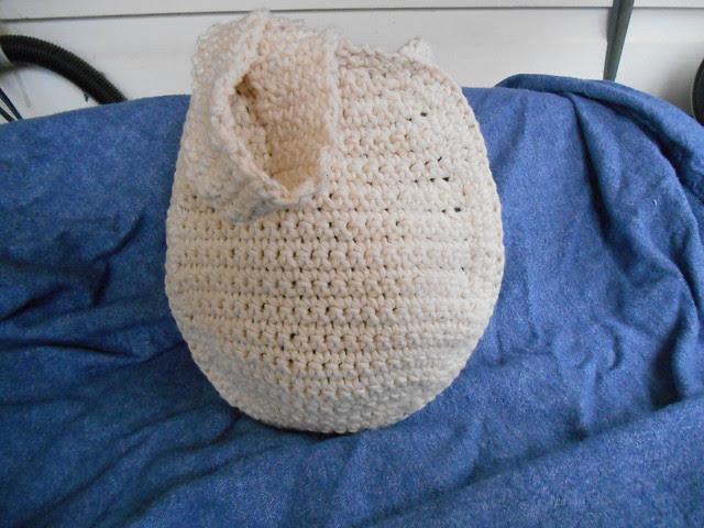 Crochet Easter Egg purse basket plain