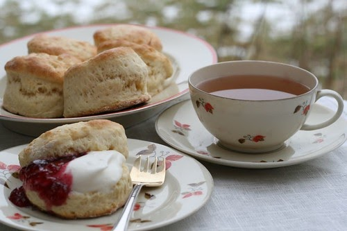 Old Fashioned Date Scones