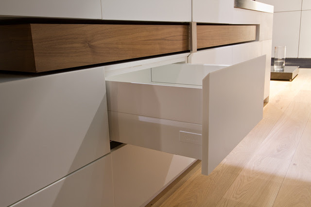 Toronto Interior Design Show 2013 - modern - kitchen cabinets