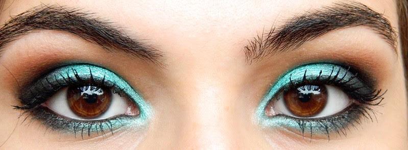MAKE JULIANA LEITE maquiagem verde shimmer eye shadow green 043