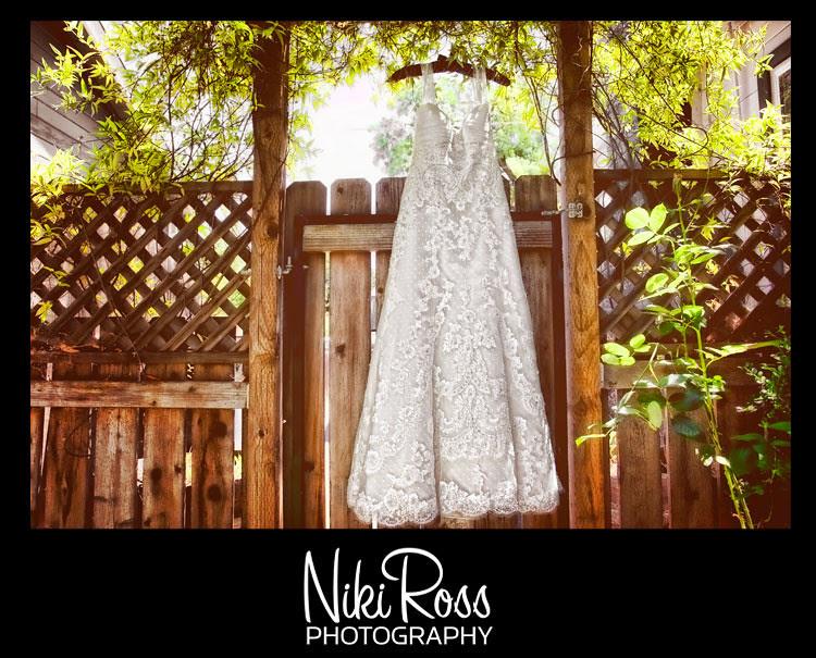 dress-fence