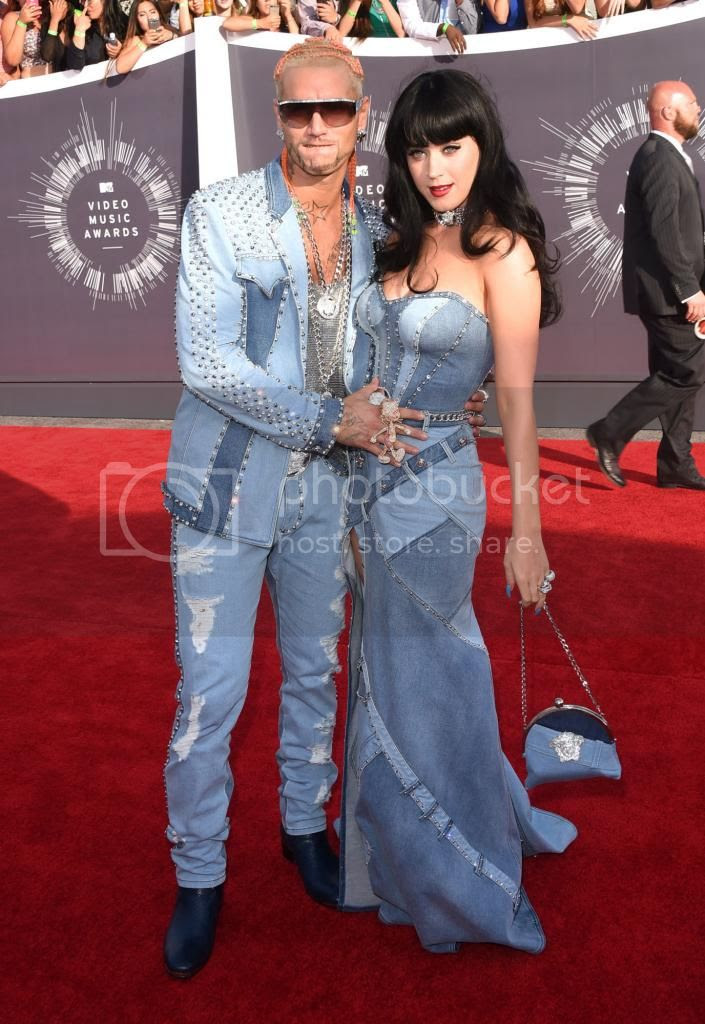 2014 MTV Video Music Awards Red Carpet Fashion Style photo 2014-MTV-Video-Music-Awards-Katy-Perry_zps4d5f6012.jpg