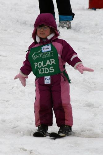 Dova skis (cropped)