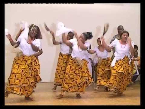 pancocojams: Nigerian Culture: Igbo Women Dancing With White Handkerchiefs