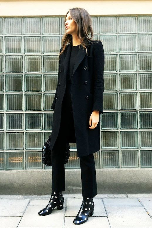 Le Fashion Blog Blogger Style All Black Look Fall Style Coat Long Sleeve Tee Bag Pants Studded Block Heel Boots Via Space Matters