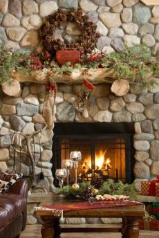 Christmas Decorating Fireplace Tips