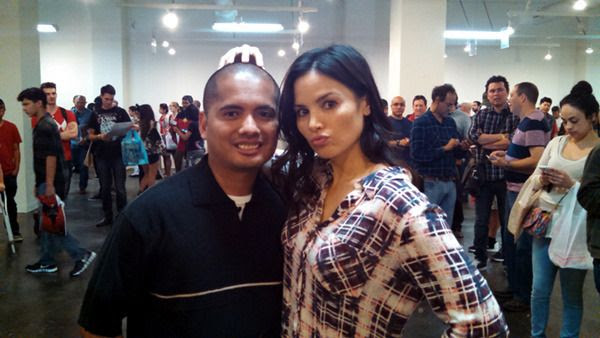Posing with ARROW's Katrina Law at the L.A. Comic Book and Science Fiction Convention...on February 28, 2016.