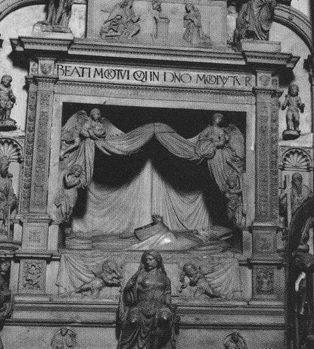 Sepulcro de Fray Francisco Ruiz (Obispo de Ávila) en el desaparecido Convento de San Juan de la Penitencia (Toledo) a finales del siglo XIX. Foto de Casiano Alguacil