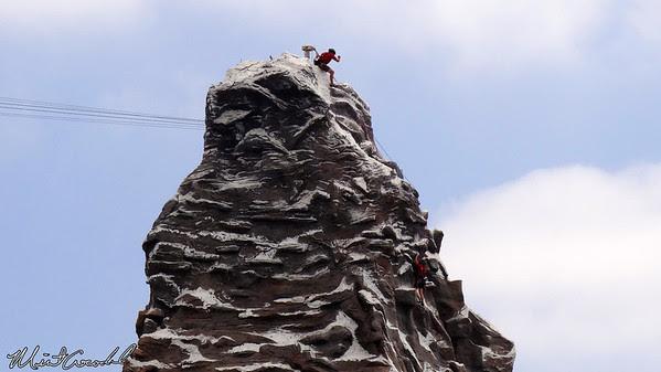 Disneyland Resort, Disneyland, Matterhorn, Climbers