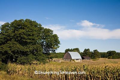 Small Fieldstone Barn, Adams County, Wisconsin