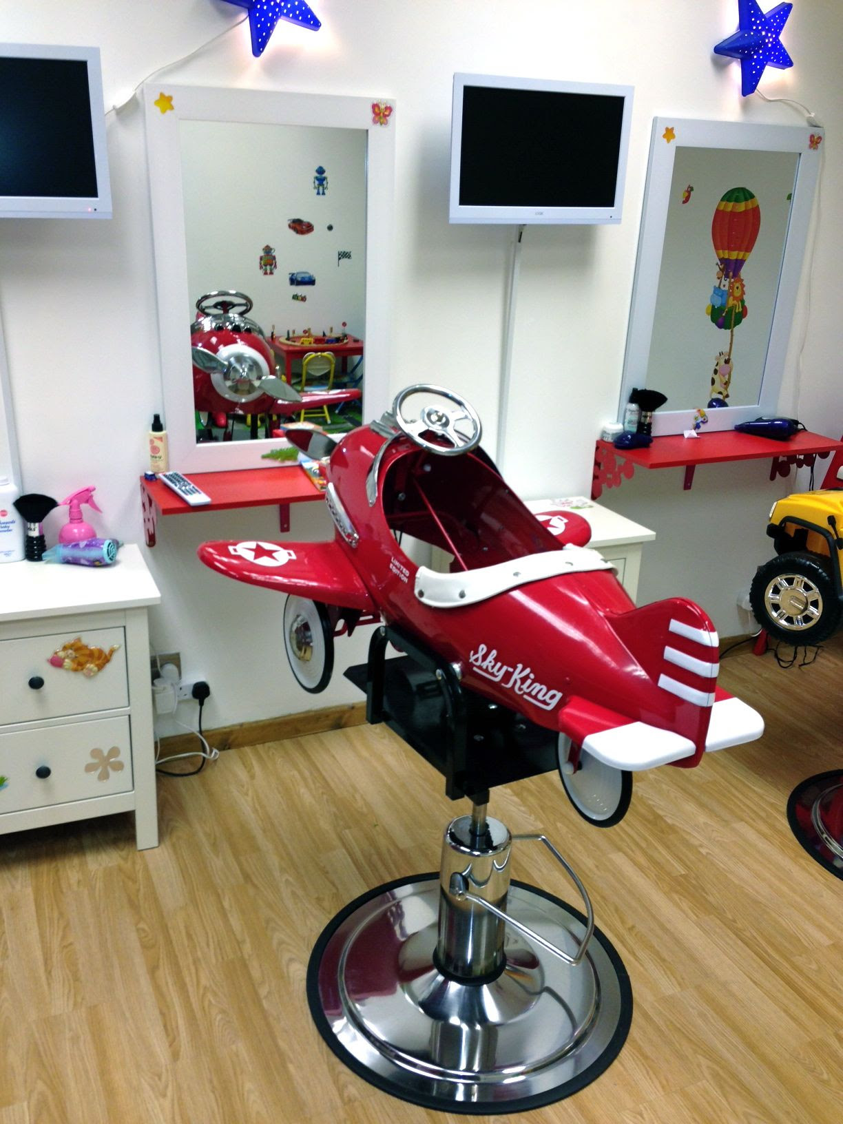 Most Recommended Kids Salon Chair  Homkids