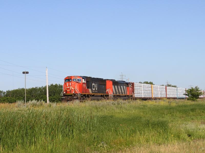 CN 5763 near Winnipeg