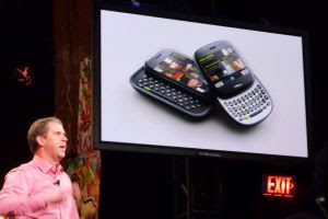 Microsoft introduit le smartphone social, le Kin
