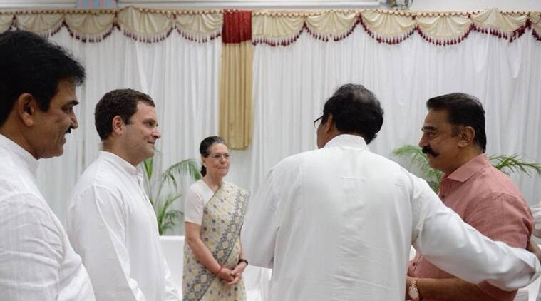 This picture of opposition unity at Kumaraswamy's swearing-in cou   ld make PM Modi uneasy