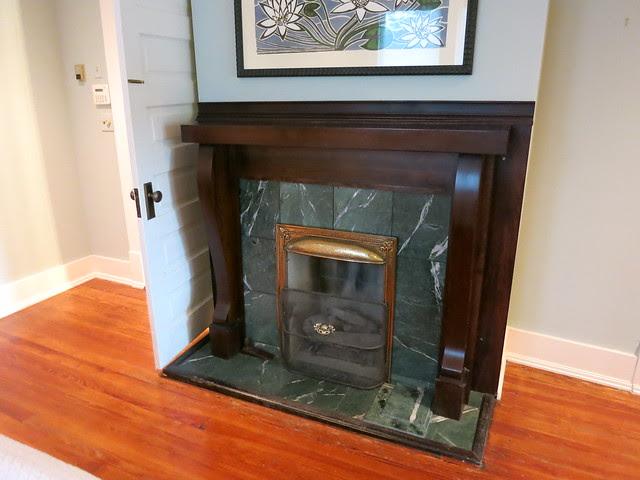 IMG_2738-2013-07-28-Highland-View-Craftsman-fireplace-3