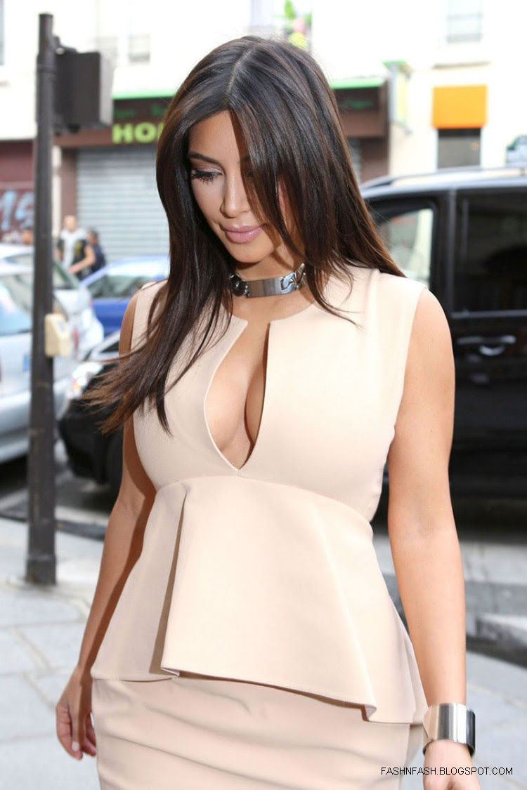 Kim-Kardashian-Hot-Cleavage-Candids-Out-and-About-in- Paris-Pictures-5