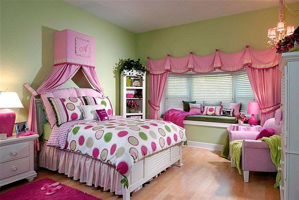 How to organize your room for girls?