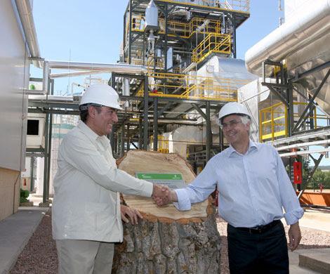 El presidente de Iberdrola, Ignacio Galán, y el presidente de Castilla-La Mancha, José María Barreda, en el acto de inauguración de la planta de biomasa forestal. | José Aymá
