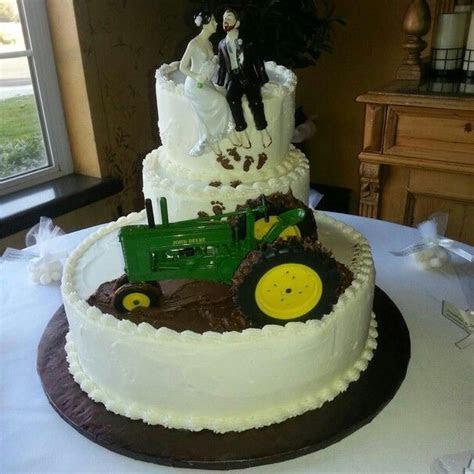Mud Truck Wedding Ideas   Our version of the mud wedding