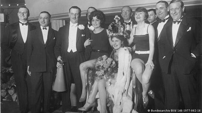 Hildegard Kwandt Miss Germany 1927 (Bundesarchiv Bild 146-1977-062-16)