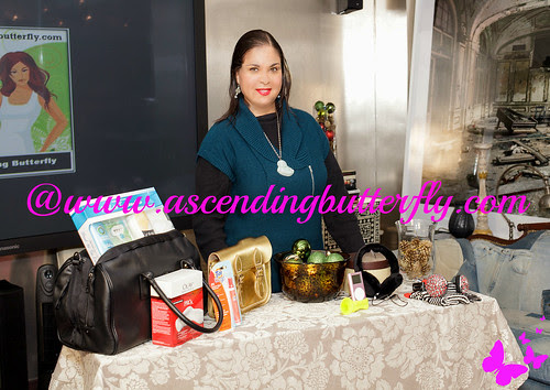 Robert Verdi Proctor and Gamble Holiday Buying Guide Blog Shoot Pro Shot Gifts 01 WATERMARKED