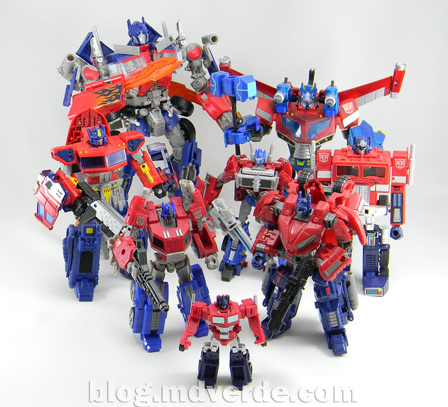 Transformers Optimus Prime Deluxe - Generations FoC - modo robot vs otros Optimus
