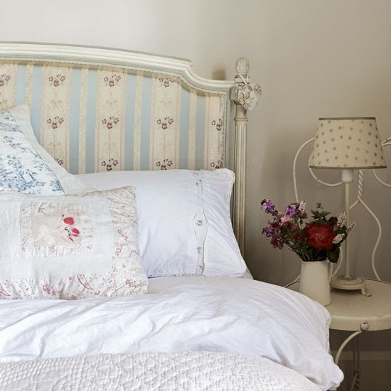 Guest bedroom | Cotswold Farmhouse | House tour | PHOTO GALLERY | country homes & interiors | Housetohome.co.uk