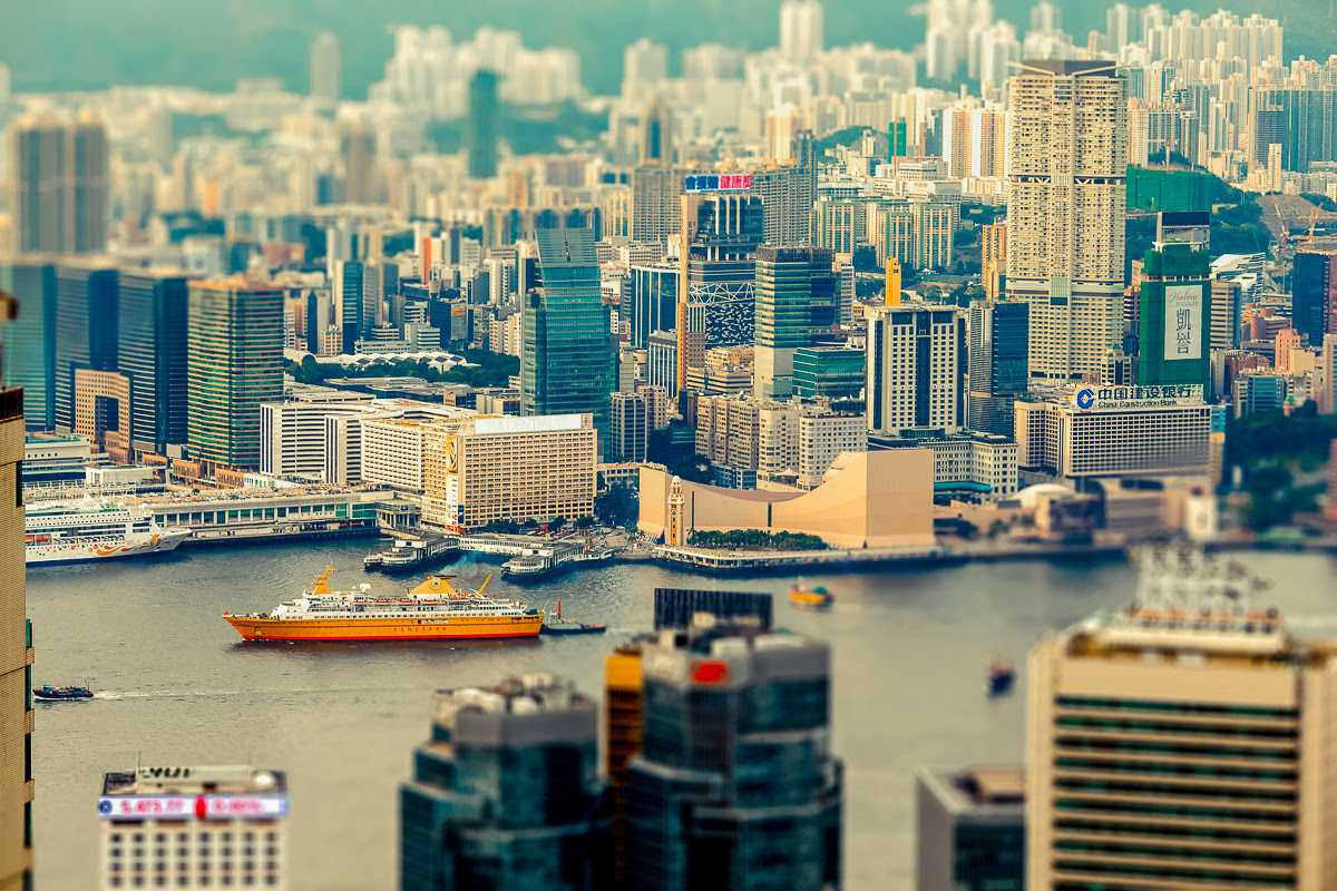 puppeteer-tilt-shift-photography-hong-kong-harold-hdp-12