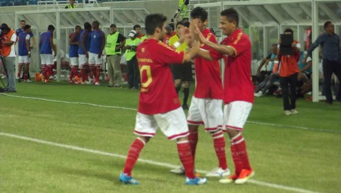 Adriano Pardal comemora o terceiro gol do América-RN (Foto: Klênyo Galvão)
