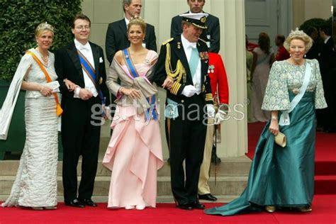 The Royal Order of Sartorial Splendor: Top 10 Worst