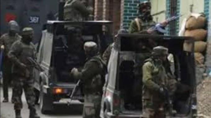 जम्मू कश्मीर के अनंतनाग में आतंकियों की गोलीबारी में दो लोगों की मौत