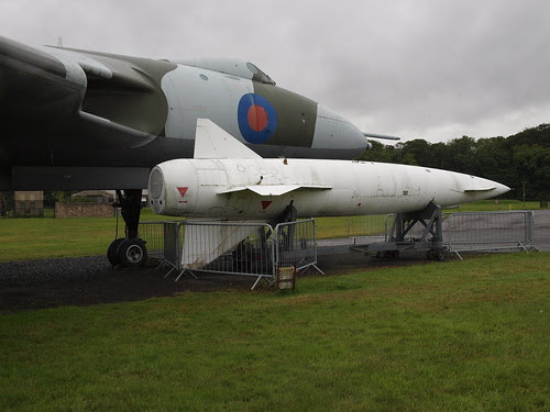 Avro Vulcan with Blue Steel missile by Lonely01