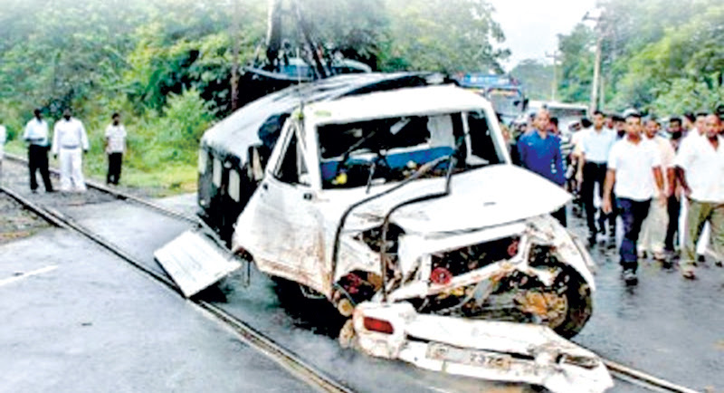 Over 800 road accidents in Kurunegala, Puttalam during festive days