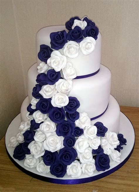 3 Tier White and Purple Rose Wedding Cake « Susie's Cakes