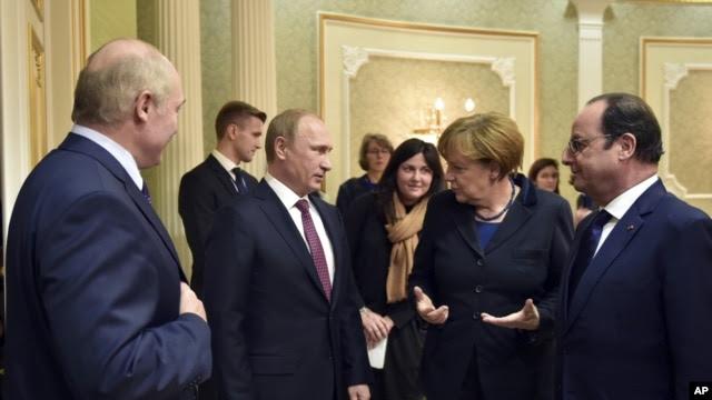Từ trái: Tổng thống Belarus Alexander Lukashenko, Tổng thống Nga Vladimir Putin, Thủ tướng Đức Angela Merkel, Tổng thống Pháp Francois Hollande tại Minsk, ngày 11/2/2015.
