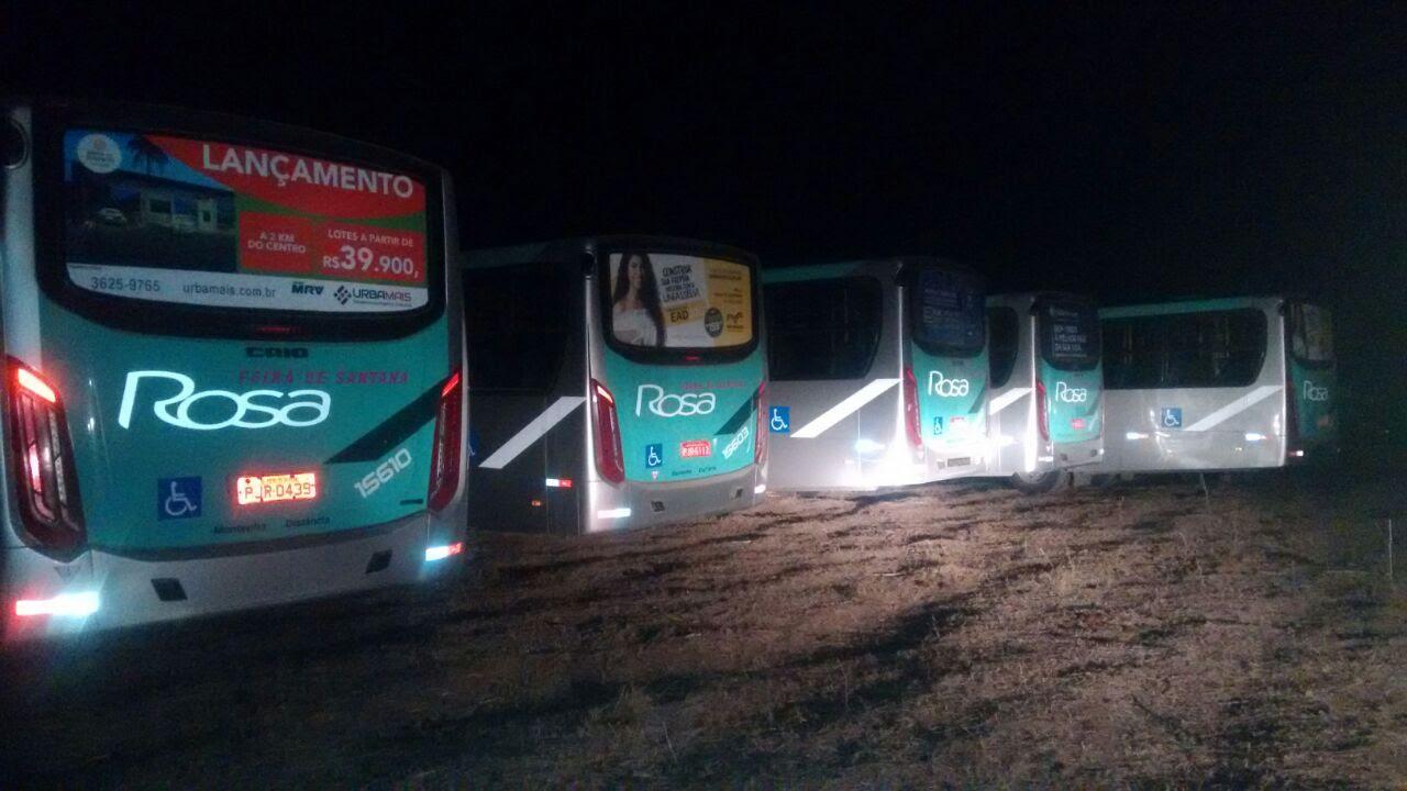 Ônibus que 'sumiram' de Feira de Santana são encontrados pela PM em Serrinha