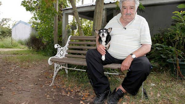 Perros presidenciales. José Mujica y Manuela. (AP)