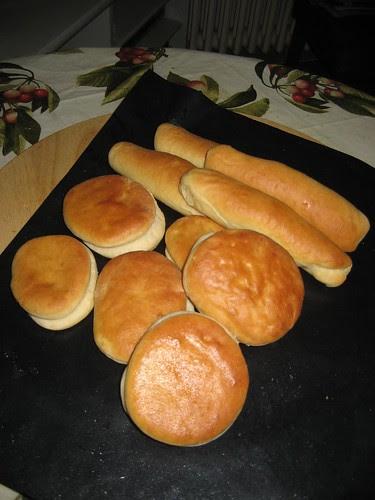 PAN DE HAMBURGUESAS Y PERRITOS
