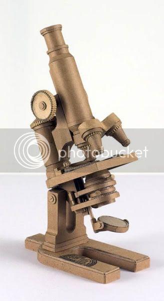 http://i1127.photobucket.com/albums/l624/jexgill/astonishing_cardboard_sculptures_64-3.jpg