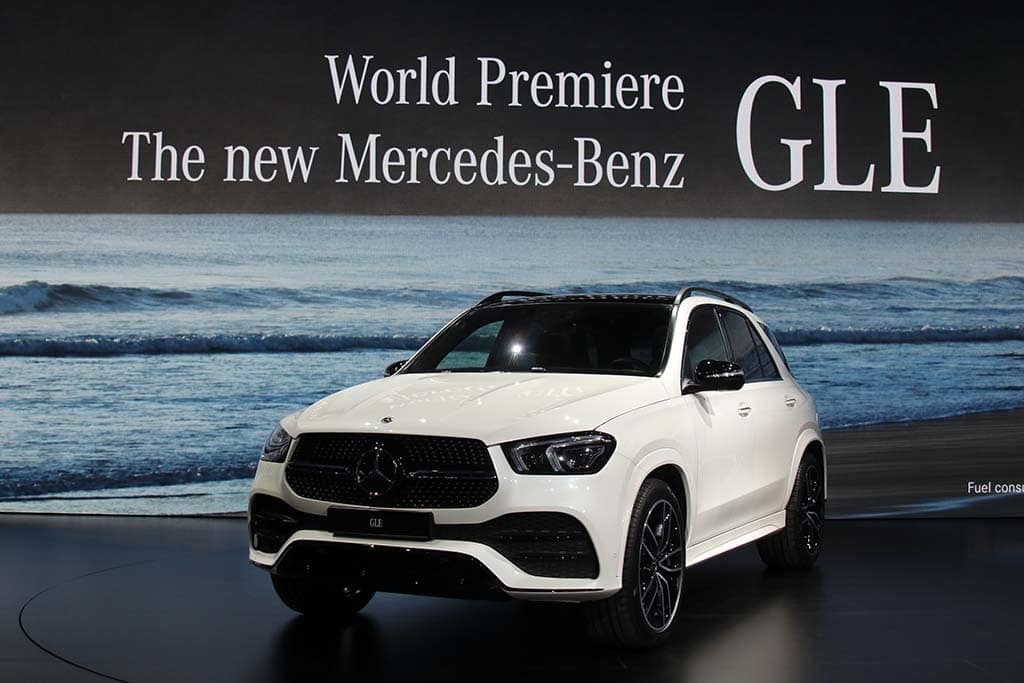 First Look: 2020 Mercedes-Benz GLE is More Luxurious - and ...