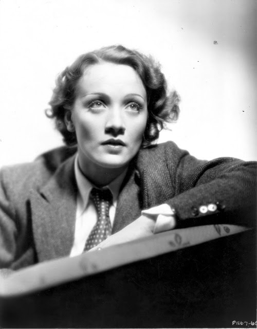 Marlene Dietrich, 1930