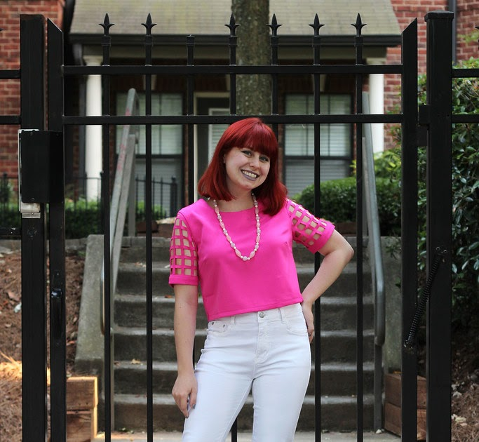 Outfit Hot Pink Laser Cut Crop Top White Skinny Jeans